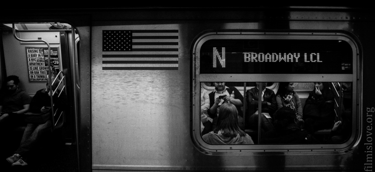 Subway NYC / Nikon D600 / Nikkor 28-105D / ISO 2500 / RAW / Lightroom